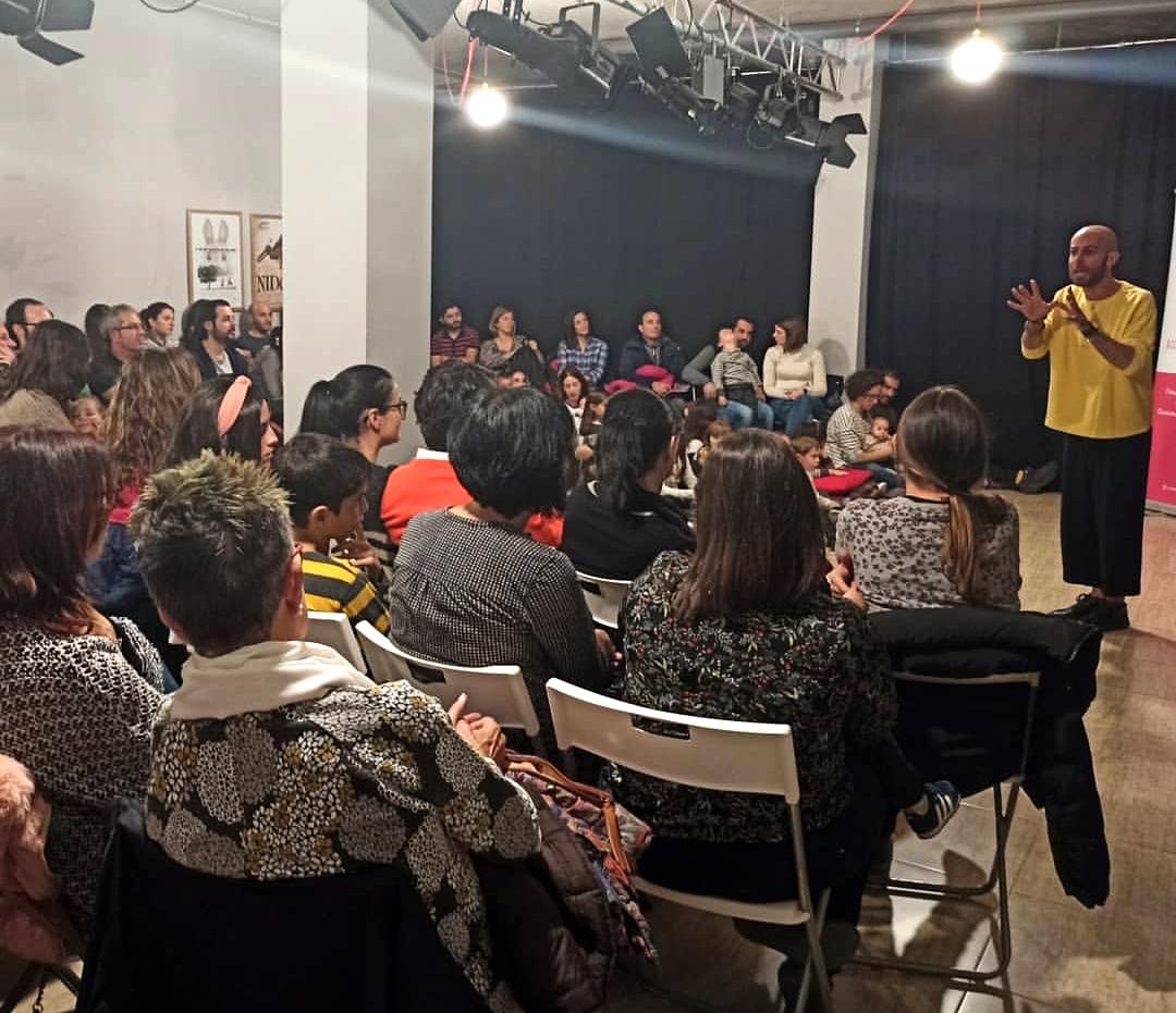 16 de noviembre de 2019. Presentación colección «PALABRAS DEL MUNDO» en Fàbrica de Paraules